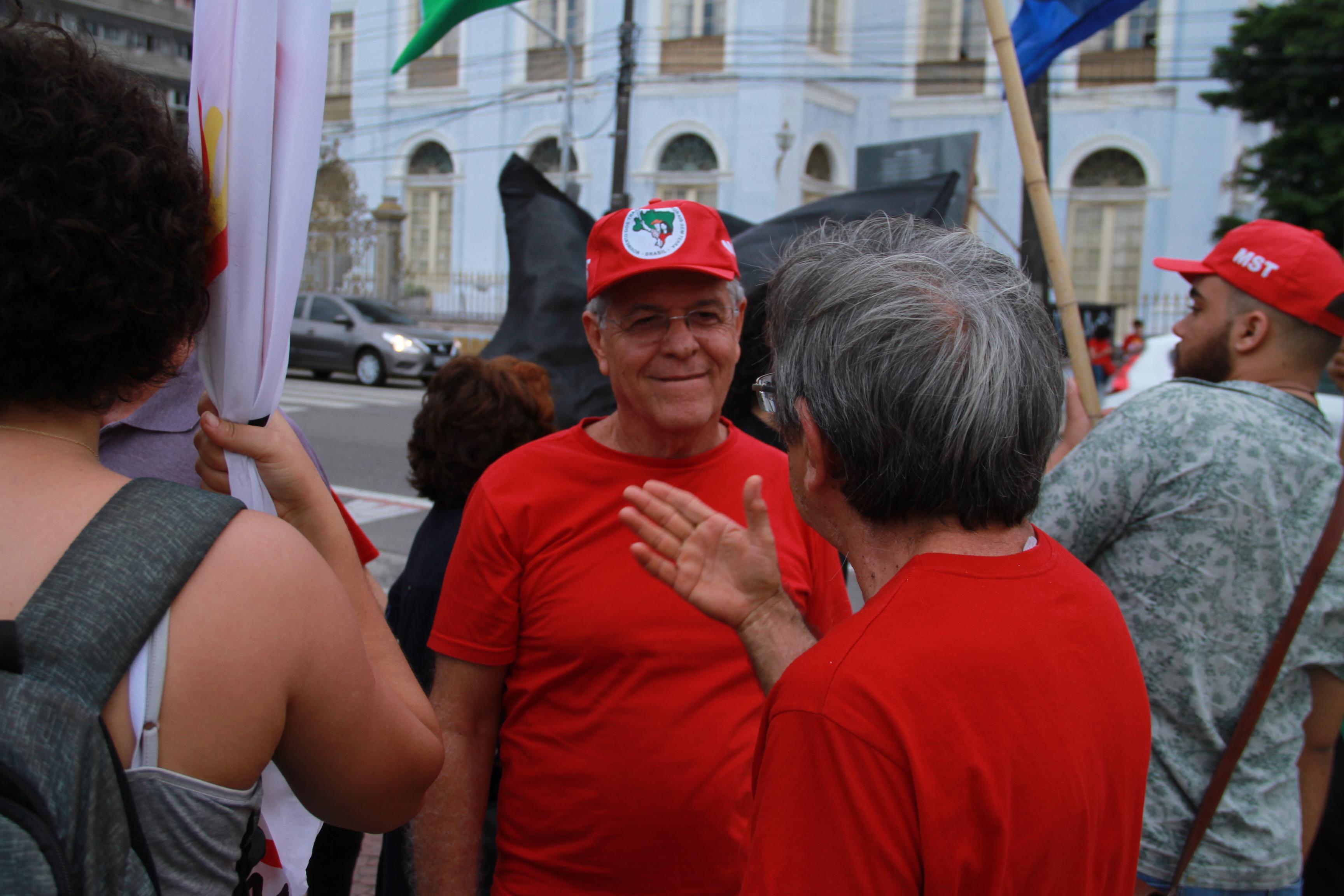 Paralisação Nacional pela Educação. Foto: Enzo FerraroParalisação Nacional pela Educação. Foto: Enzo Ferraro
